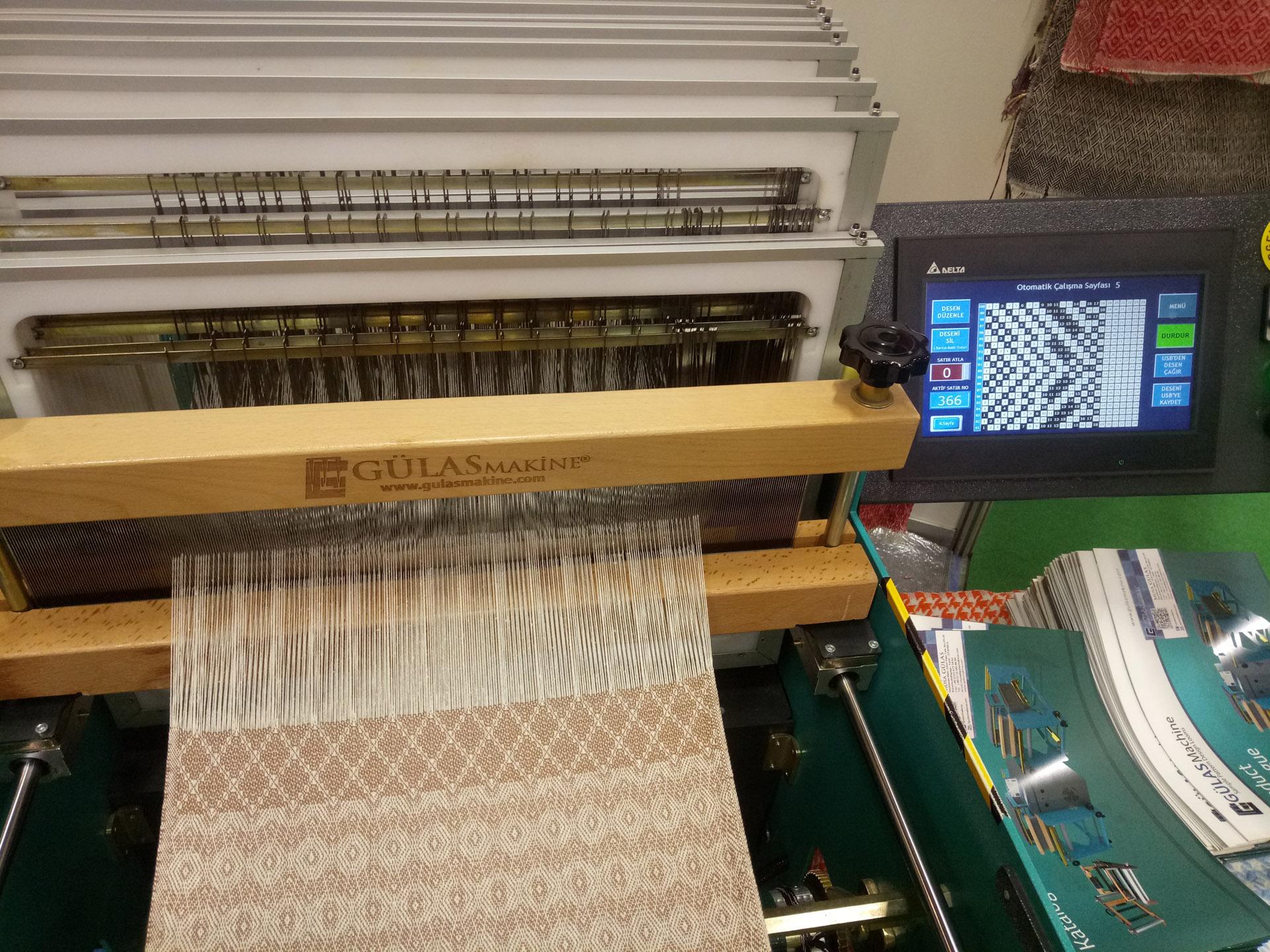 Garm B55 Semi Automatic Loom - Gülas Machine